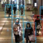 カメラ映像から「困っている」人をAIで自動検出、新たな「おもてなしサービス」を新丸ビルで実証実験